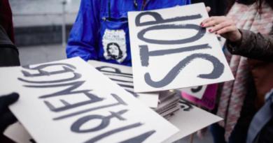 La lutte contre les violences faites aux femmes vaut plus qu'un symbole